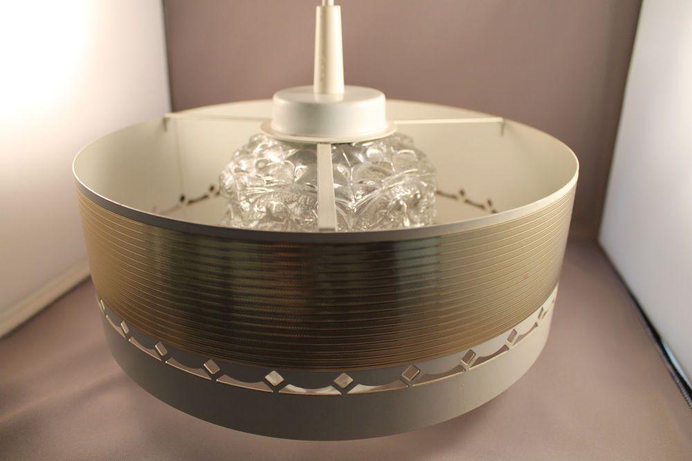 70er Jahre sehr schöne Deckenlampe Lampe Glas weiß gold 70s ceiling lamp 60er