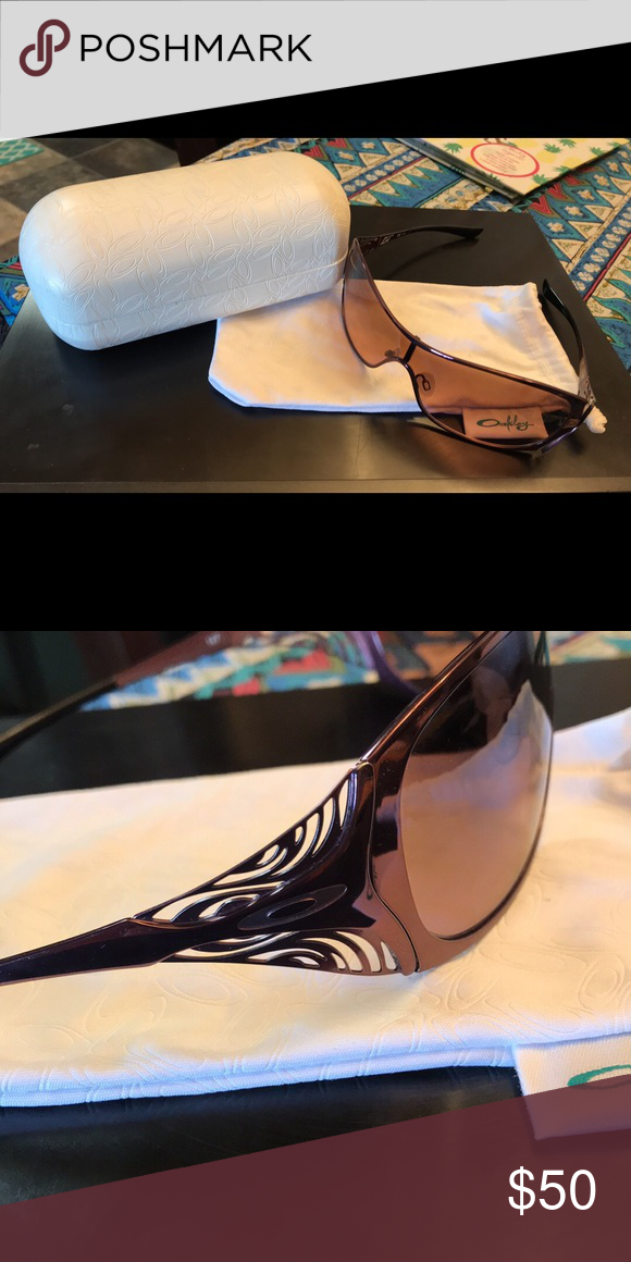 d006bb1031 Oakley women s sunglasses Berry color Oakley Liv women s sunglasses with  case Oakley Accessories Sunglasses