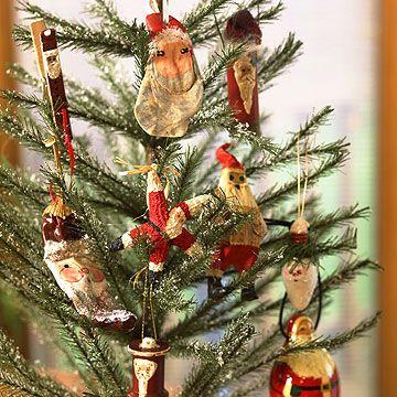 Santa Christmas Tree . . #christmas#santaclaus#love#holiday#micki#babies#christmastree#snow#