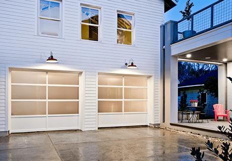 Clopay Avante Collection Aluminum And Glass Garage Doors In 2020 Garage Door Styles Garage Door Design Garage Doors