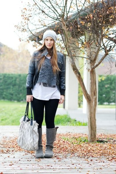 702bfa3964a Pin by Os Kar on how to wear gray boots   Ugg boots cheap, Ugg snow ...