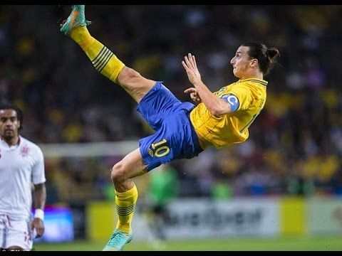Crazy Bicycle Kick Goals Ronaldinho Ibrahimovic Rooney