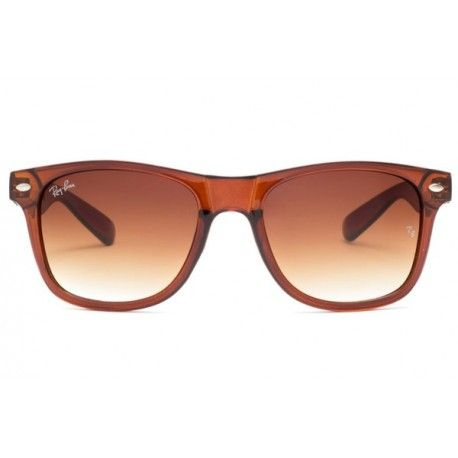 08ba2a27a6811 Ray Ban Wayfarer Brown   This style is available in a variety of colors, to  help you personalize your Ray Ban.  Double brow bar, similar to the frame  Ray ...