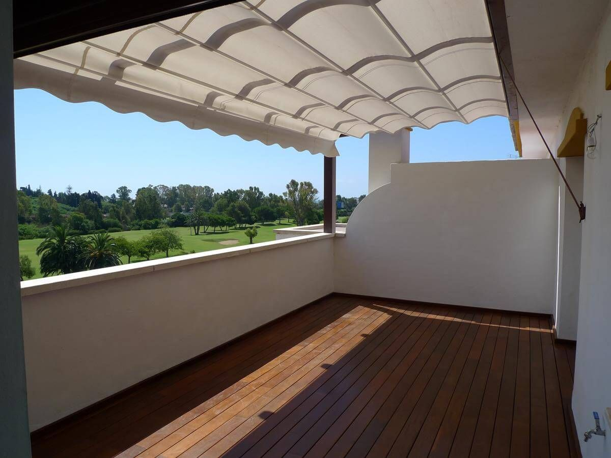 COBERTI Toldo horizontal de ondas para pérgola de madera en terraza ...