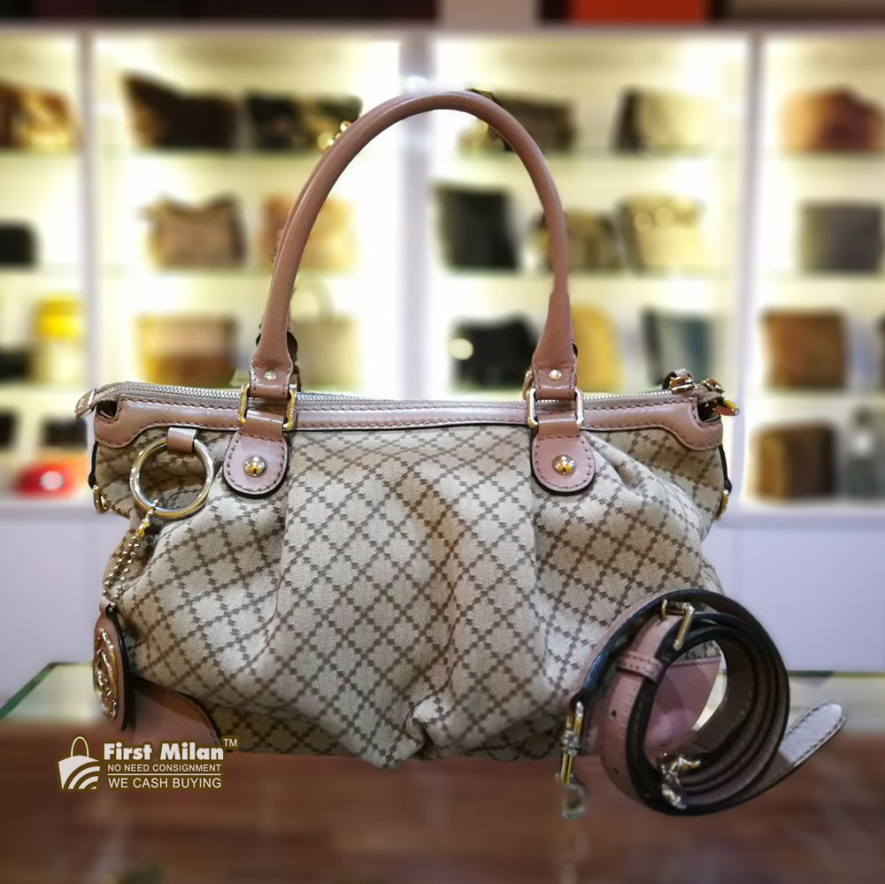cea0232dae02 GUCCI Sukey Medium Top Handle Bag RM1280 | GUCCI | Gucci, Bags, Handle