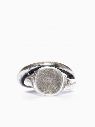 Double ring from Goti collection in silver.