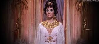 Resultado de imagem para maquiagem cleopatra a rainha do egito