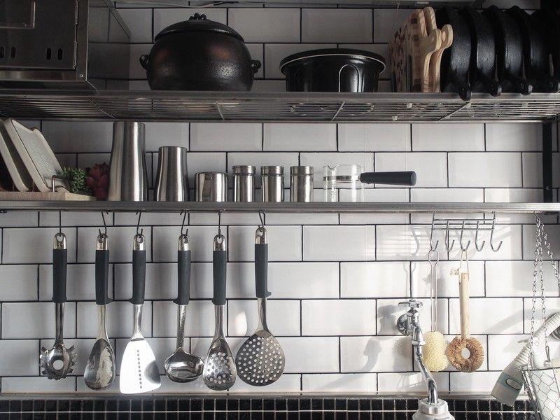 賃貸diy キッチンパネルを耐水サブウェイタイル風に Limia リミア