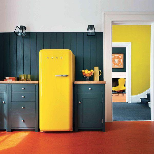 fab28rg1 il frigorifero giallo smeg 50 39 s style fab28rg1 the yellow smeg 50 39 s style fridge. Black Bedroom Furniture Sets. Home Design Ideas