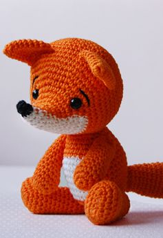 What a cute little fox (by Pepika)!!!! Pattern for sale