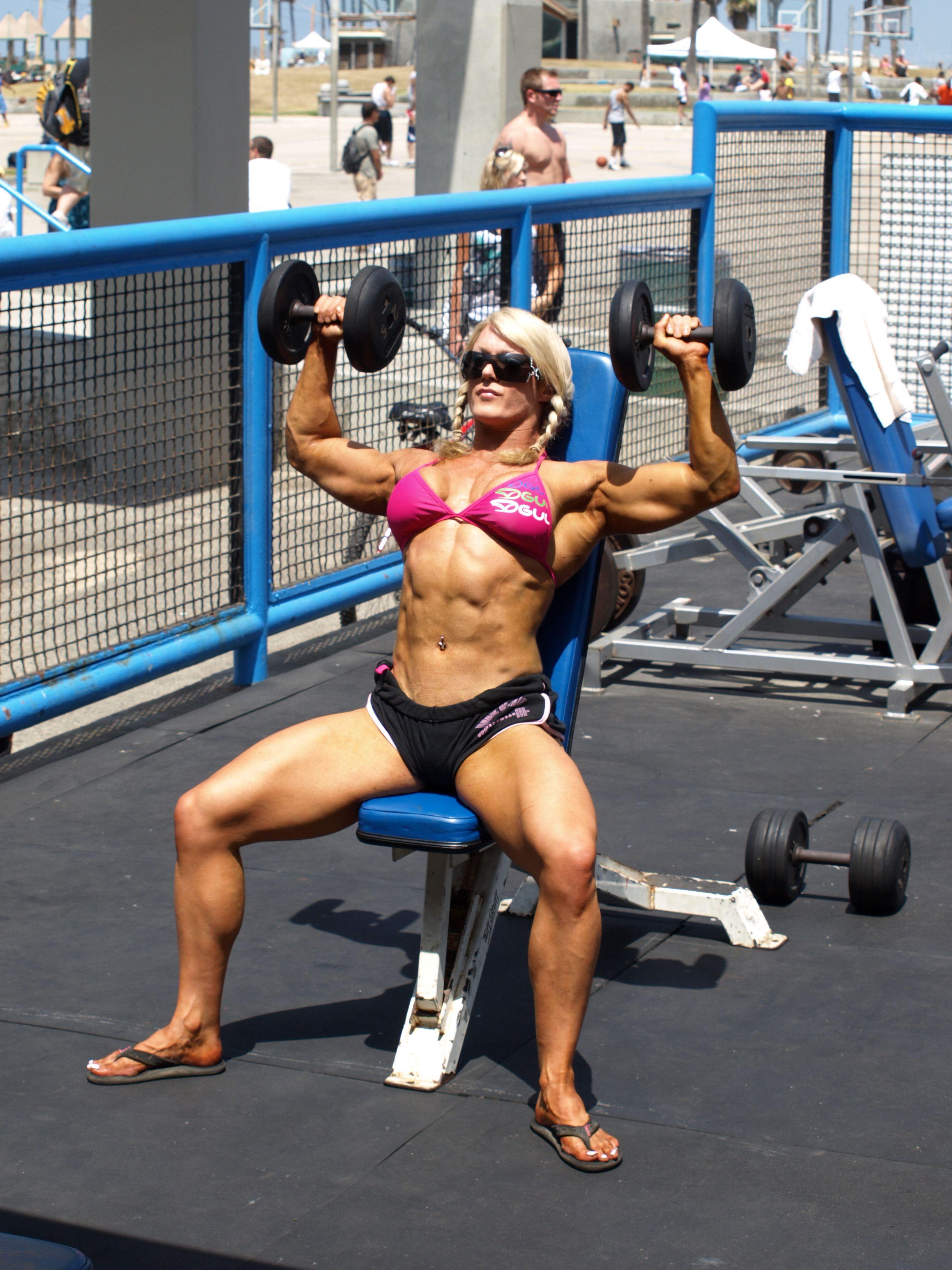 Lisa cross muscle women pinterest bodybuilder - Lisa cross fbb ...