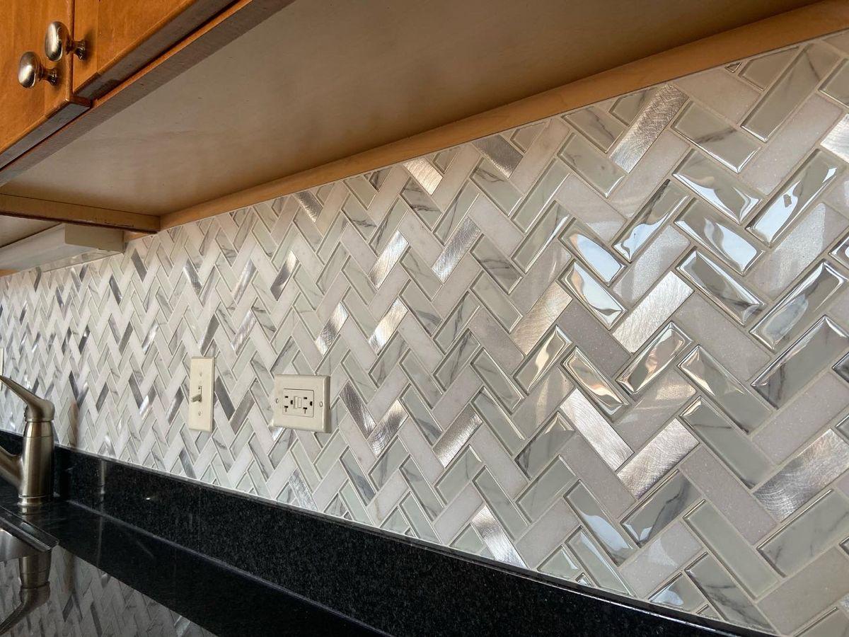 kitchen backsplash metal marble glass