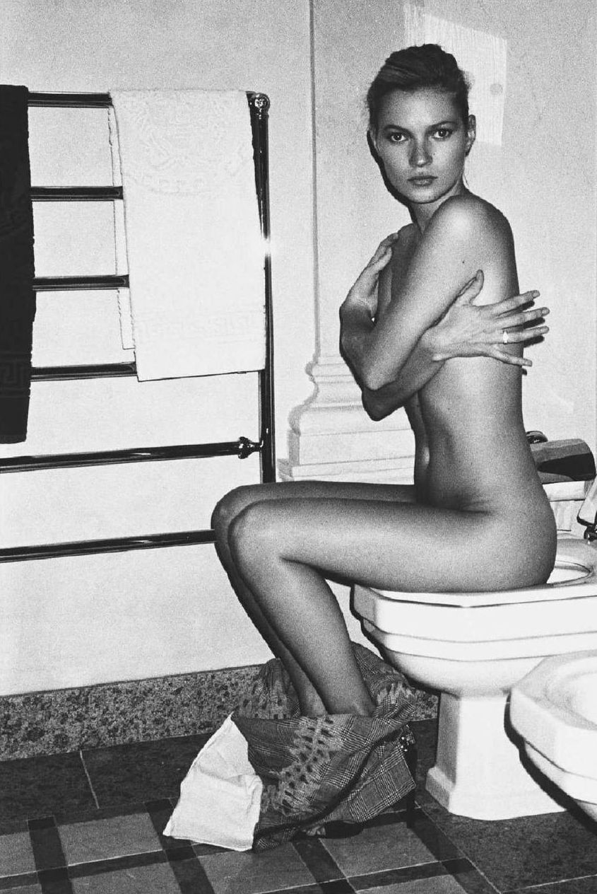 Share Kate moss toilet