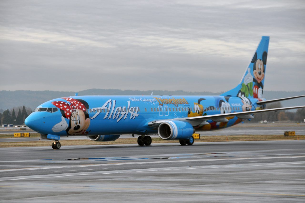 Alaska Airlines Spirit Of Disneyland Ii Fleet Boeing 737 900 Aircraft In 2020 Airplane Painting Aircraft Alaska Airlines
