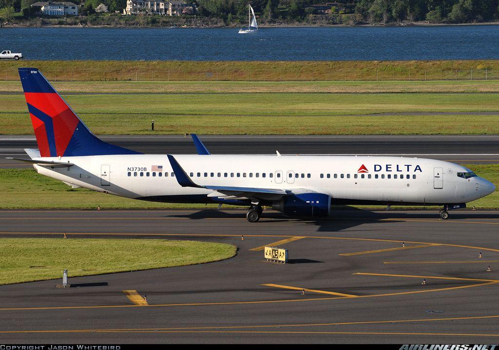 N3730B Delta Boeing 737-800