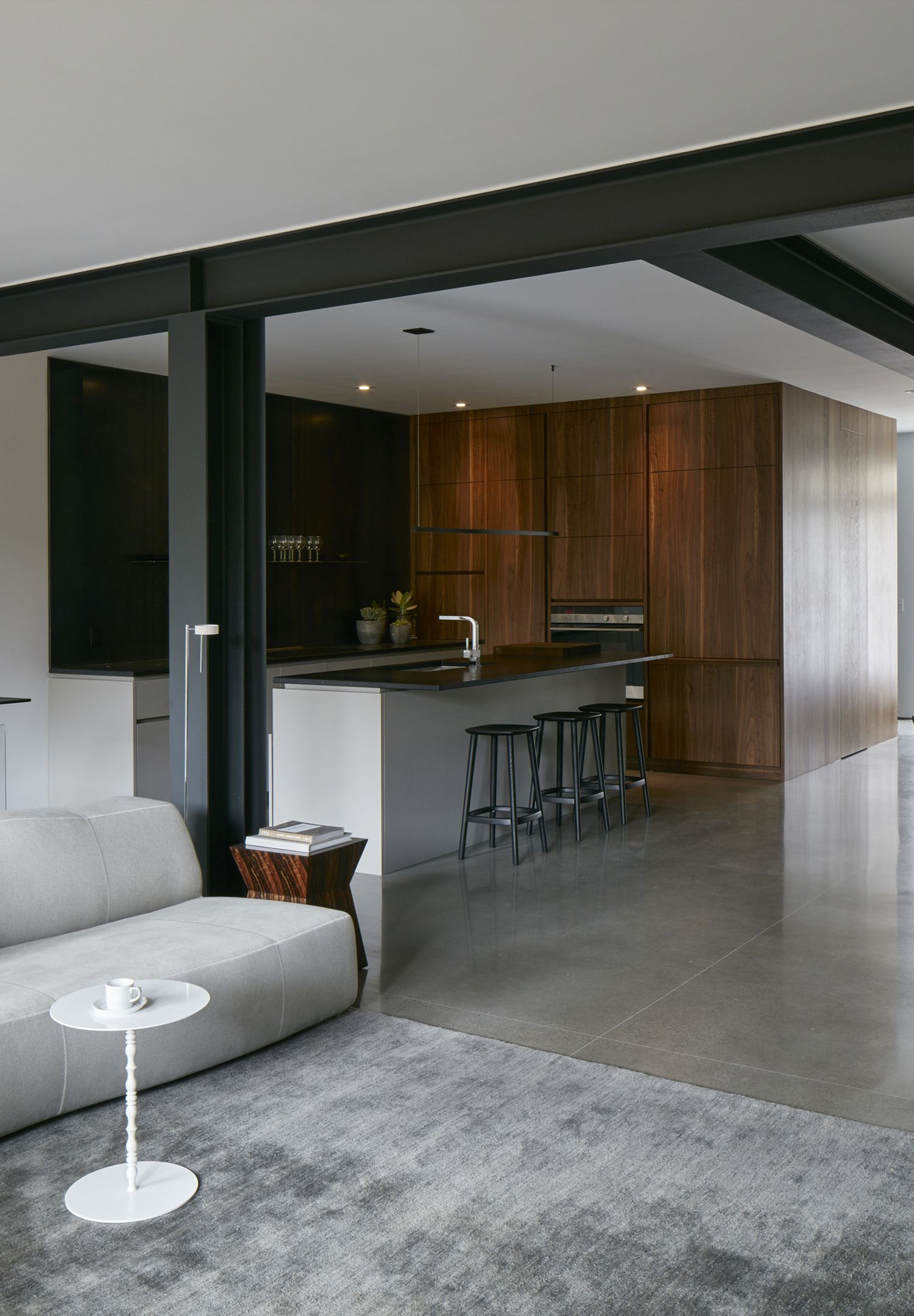 Pin By Yael Gilad On Colomn Kitchen Inspiration Modern Hotel Interior Design Industrial Interior Design
