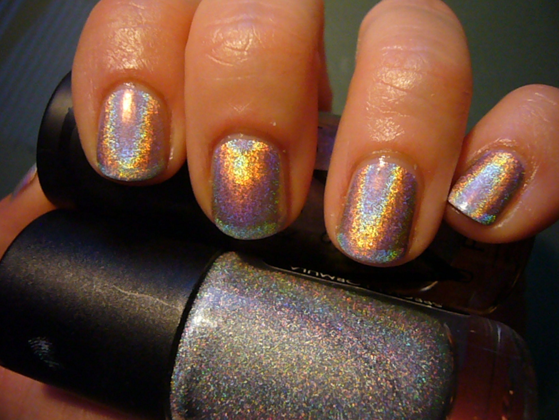 Make Up Store Madeleine, Gosh Holographic http://www.magi-mania.de ...