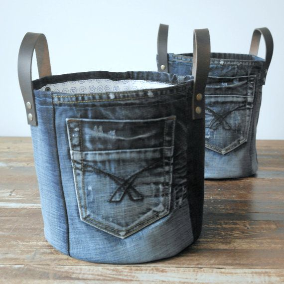 SET of 2 recycled denim canvas storage bag with a fresh white blue flower lining and leather straps, jeans toys bag #vieuxjeans