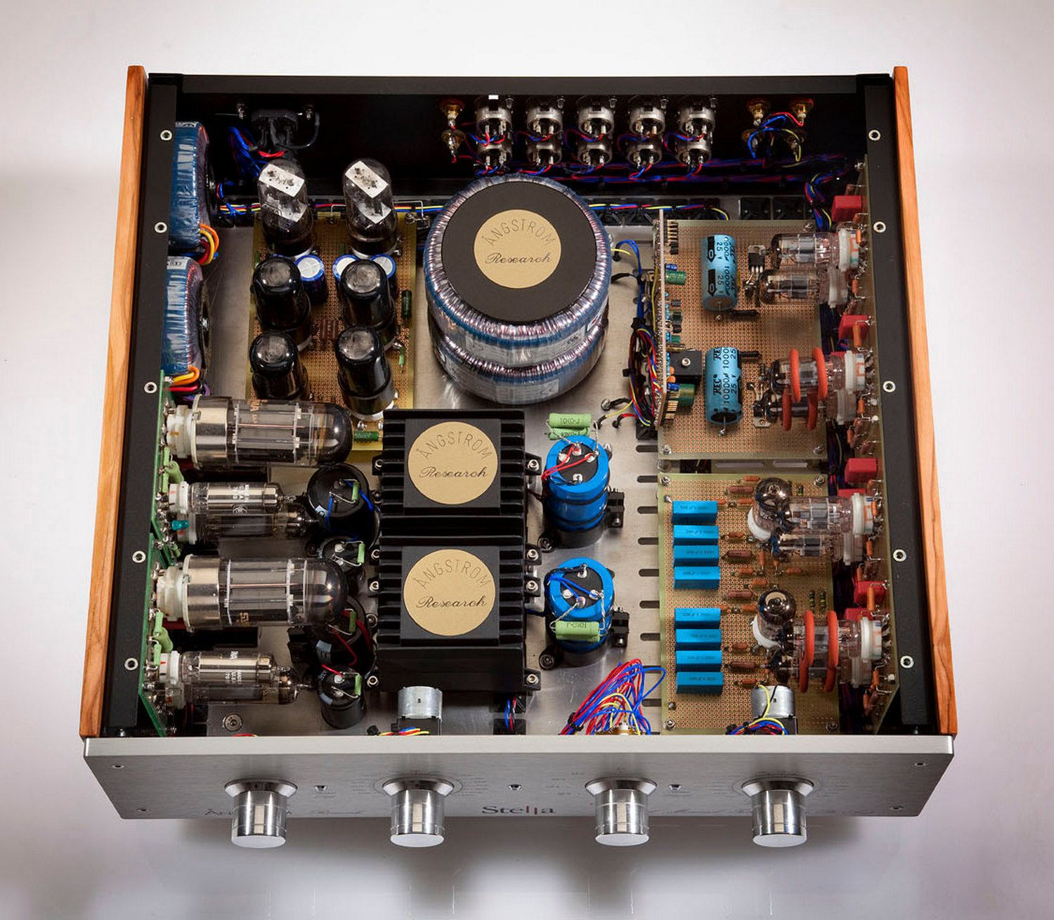 Pin By Daddiest On Tube Amplifiers Pinterest Audio Audiophile Valve Amplifier Speakers Vacuum Turntable Lab Gold Record Player