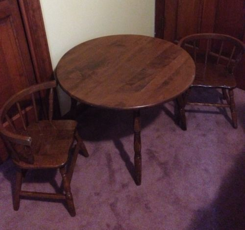 Kids Childrens Vintage Round Table 2 Chair Set Solid Wood Local