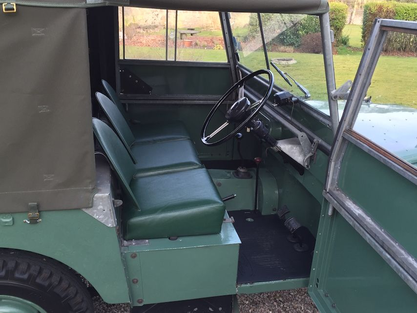 """Land Rover Series 1 80"""" 1949 Lights Behind the Grille (TSL 751) - Williams Classics"""