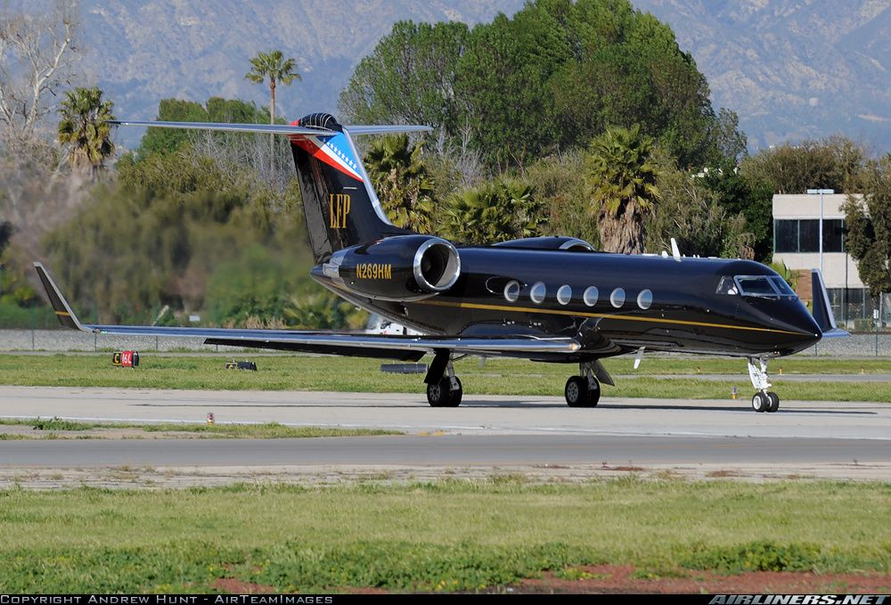 Larry Flynt's sleek black Gulfstream G-IV, from photographer