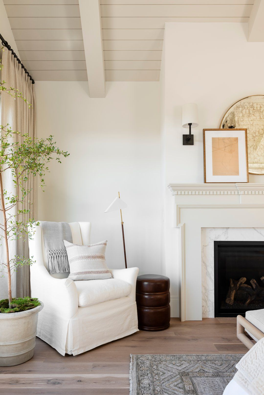 Mixing Styles In The Master Furniture Styles Home Living Room