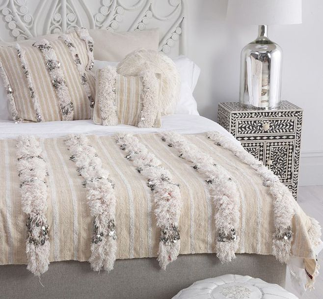 handira o wedding blankets d coration int rieure pinterest chambre marocaine chambres et. Black Bedroom Furniture Sets. Home Design Ideas