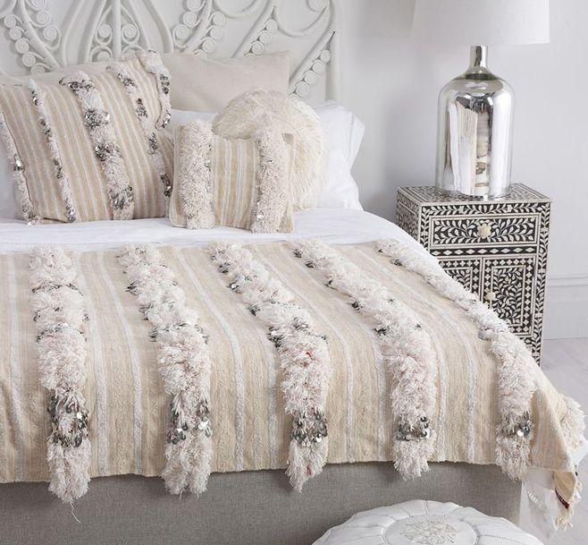 handira o wedding blankets d coration int rieure. Black Bedroom Furniture Sets. Home Design Ideas