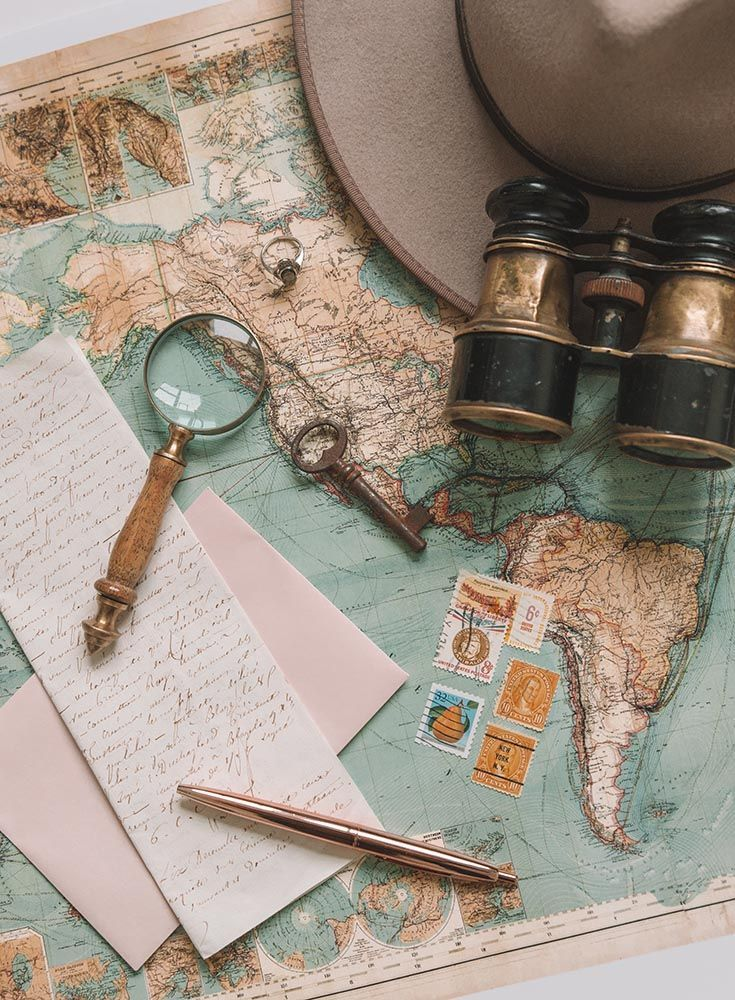 Tips for Shooting Stunning Travel Flat Lays • The Blonde Abroad // Vintage Mao