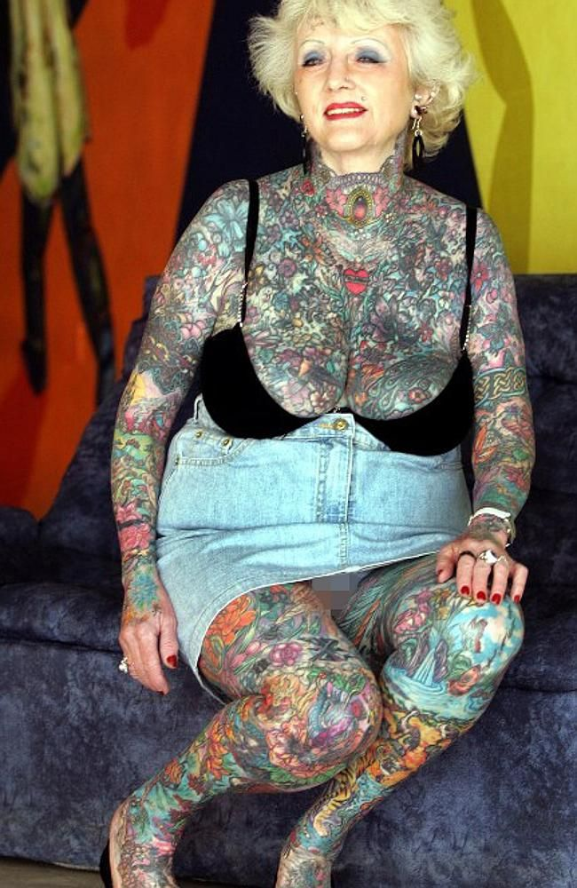 Briton isobel varley 69 the world 39 s eldest tattooed for Tattoos on old saggy skin