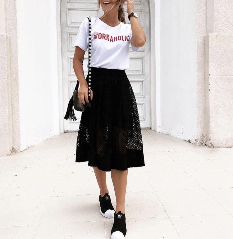 5f66db274 saia midi com tenis | Looks que gosto em 2019 | Fashion outfits ...