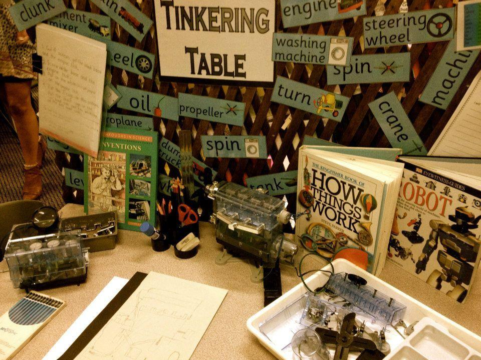 Tinkering table at Penbank School - Australia. For more inspiring classrooms visit: http://pinterest.com/kinderooacademy/provocations-inspiring-classrooms/ ≈ ≈