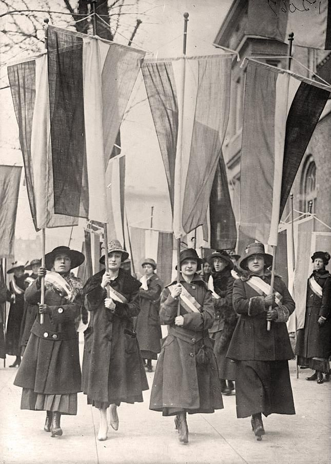 Suffrage Picket Line ... So, Women of today, NO excuses for NOT voting !!!