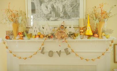 This is the mantel in Mary's living room Christmas 2010 ...