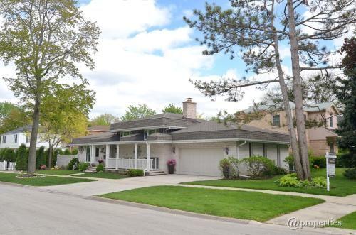 1721 Arthur Street, Park Ridge, IL 60068 is For Sale