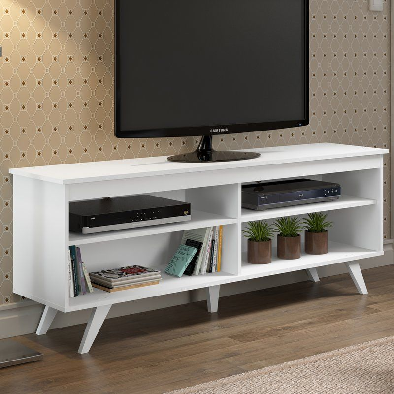 Simple meets style in contemporary console Combining