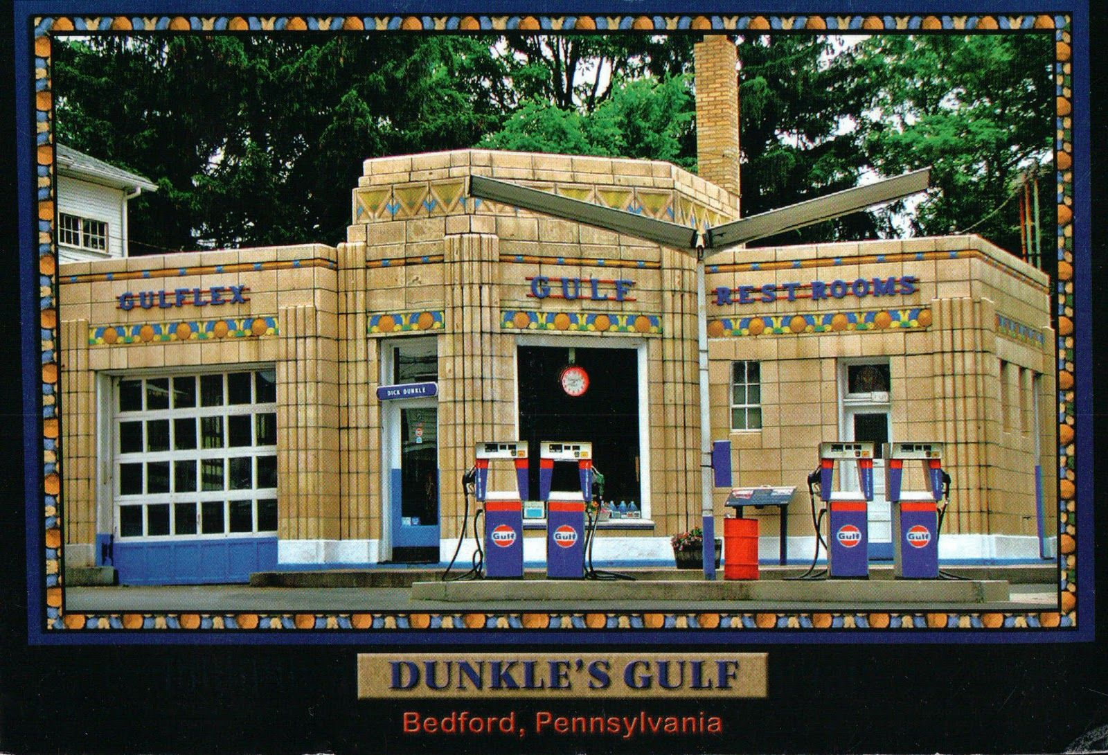 Dunkle's Gulf. Bedford, Pennsylvania Old gas stations