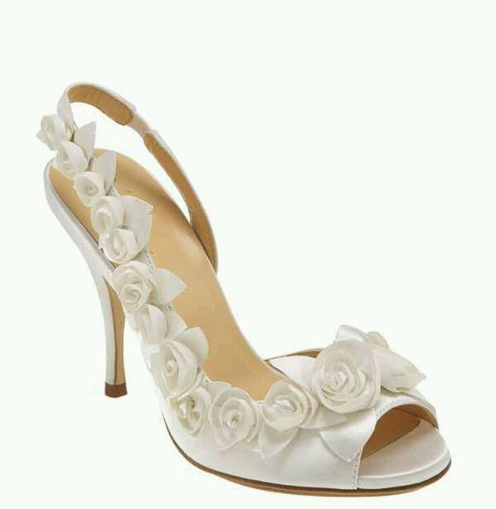 2abbb007905 Find this Pin and more on My wedding plans #vowRenew# by Beautyfull100. Cole  Haan 'Ceci Air Rose' ...