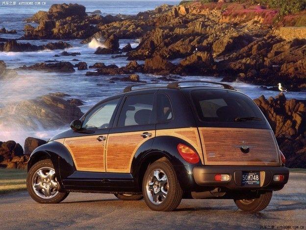 2003 Chrysler PT Cruiser — wood imitation