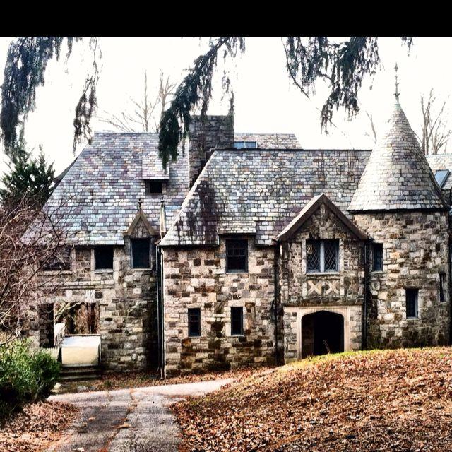 Abandoned North Carolina Homes: Abandoned Estate Asheville, NC. 2/22/12 Photo By TMoser