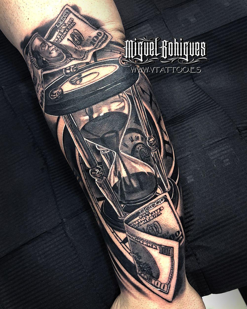 Reloj De Arena Con Dólares Tatuajes Realismo De Miguel Bohigues