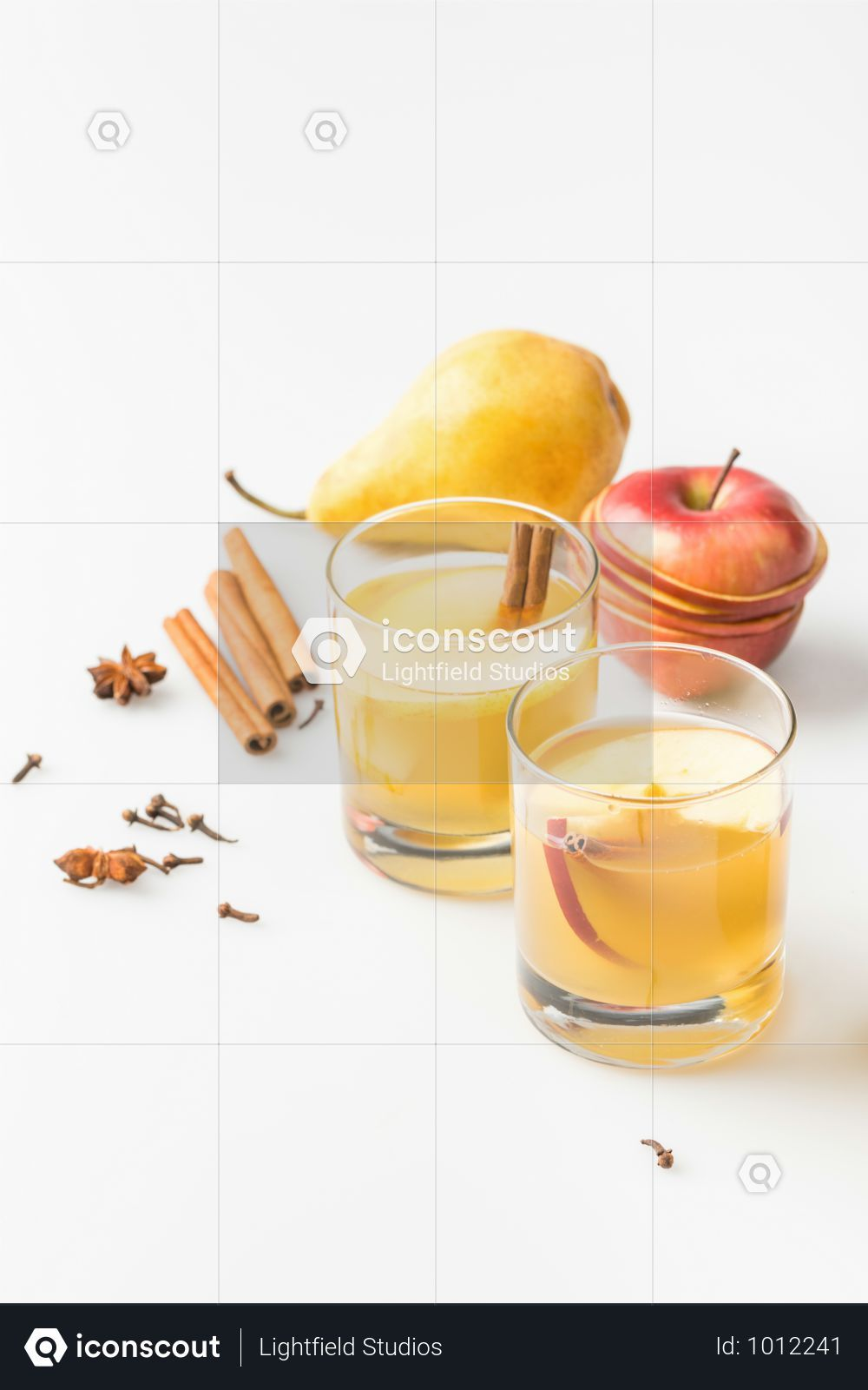 Premium Glasses Of Delicious Spiced Cider With Pear And Apple Photo Download In Png Jpg Format Spiced Cider Delicious Fruits Photos