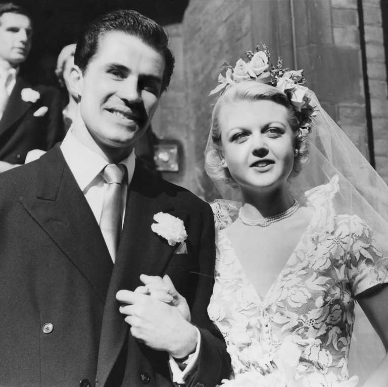 Here's What 40 Hollywood Legends Looked Like on Their Wedding Day #hollywoodlegends Hollywood Wedding #hollywoodlegends