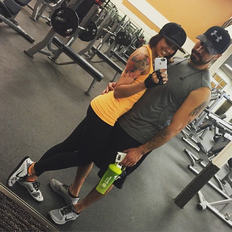 Gloves workout gloves on instagram couples workouts