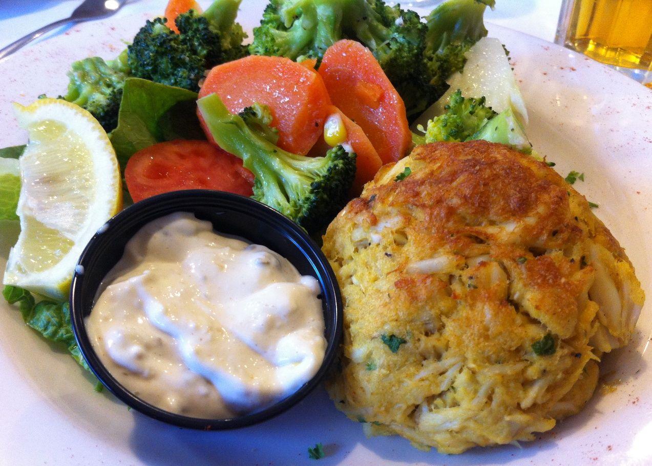 Baltimore Crab Cakes Mos Seafood Pinterest Baltimore crab