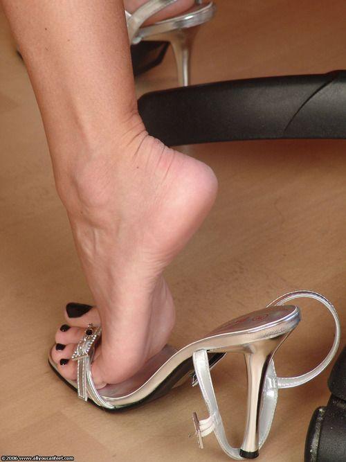 セクシーな女性の足とつま先