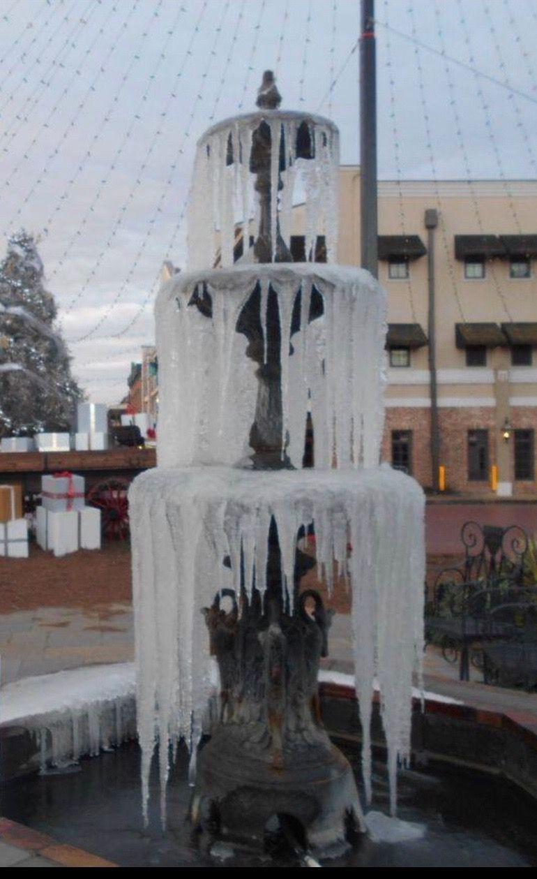 Winter freeze, Downtown traffic circle, Natchitoches, LA