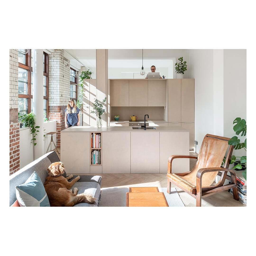 The modern house on instagram open house we visit suprblk architects michael putman and sara lespérance at their apartment in bethnal green