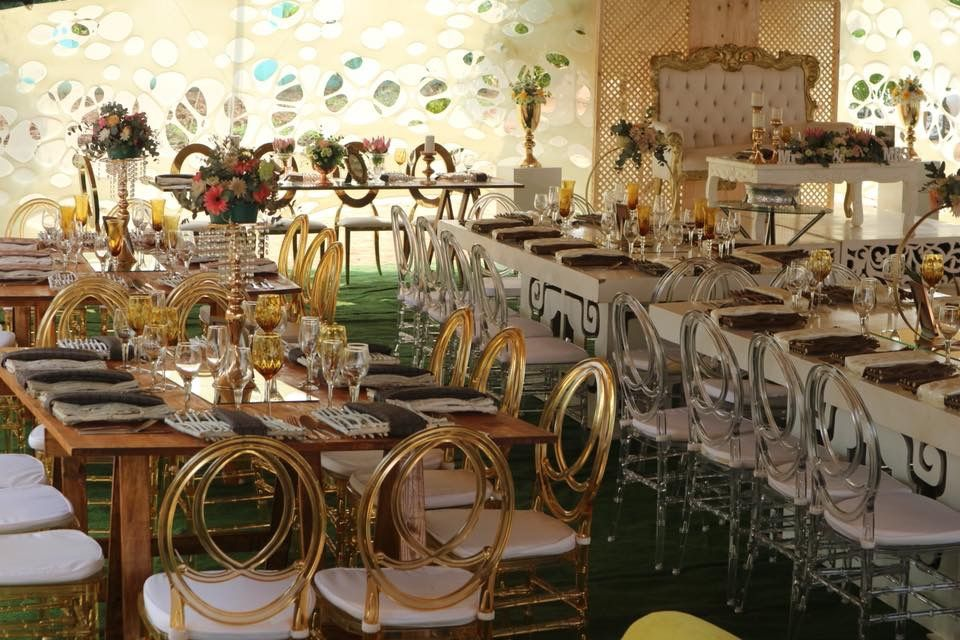 Modern Traditional Wedding Decor | Traditional wedding decor